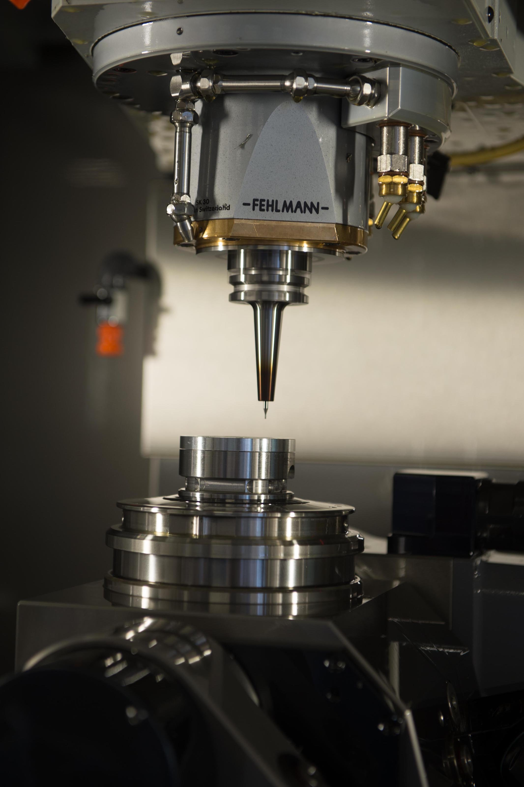 The production of the parts for the perpetual calendar requires precision tools with a diameter of as little as 0.2mm.