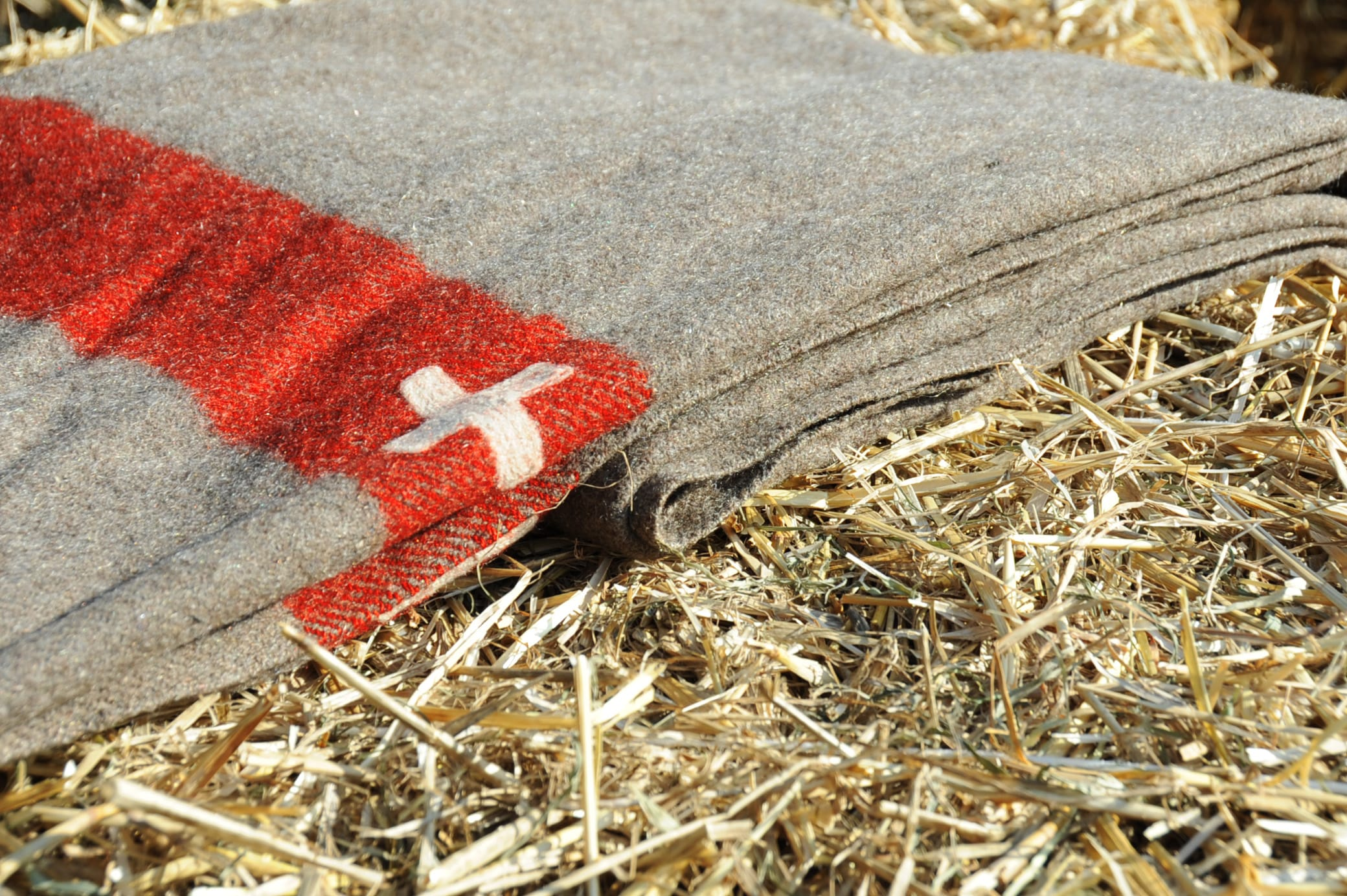 Swiss Army blankets
