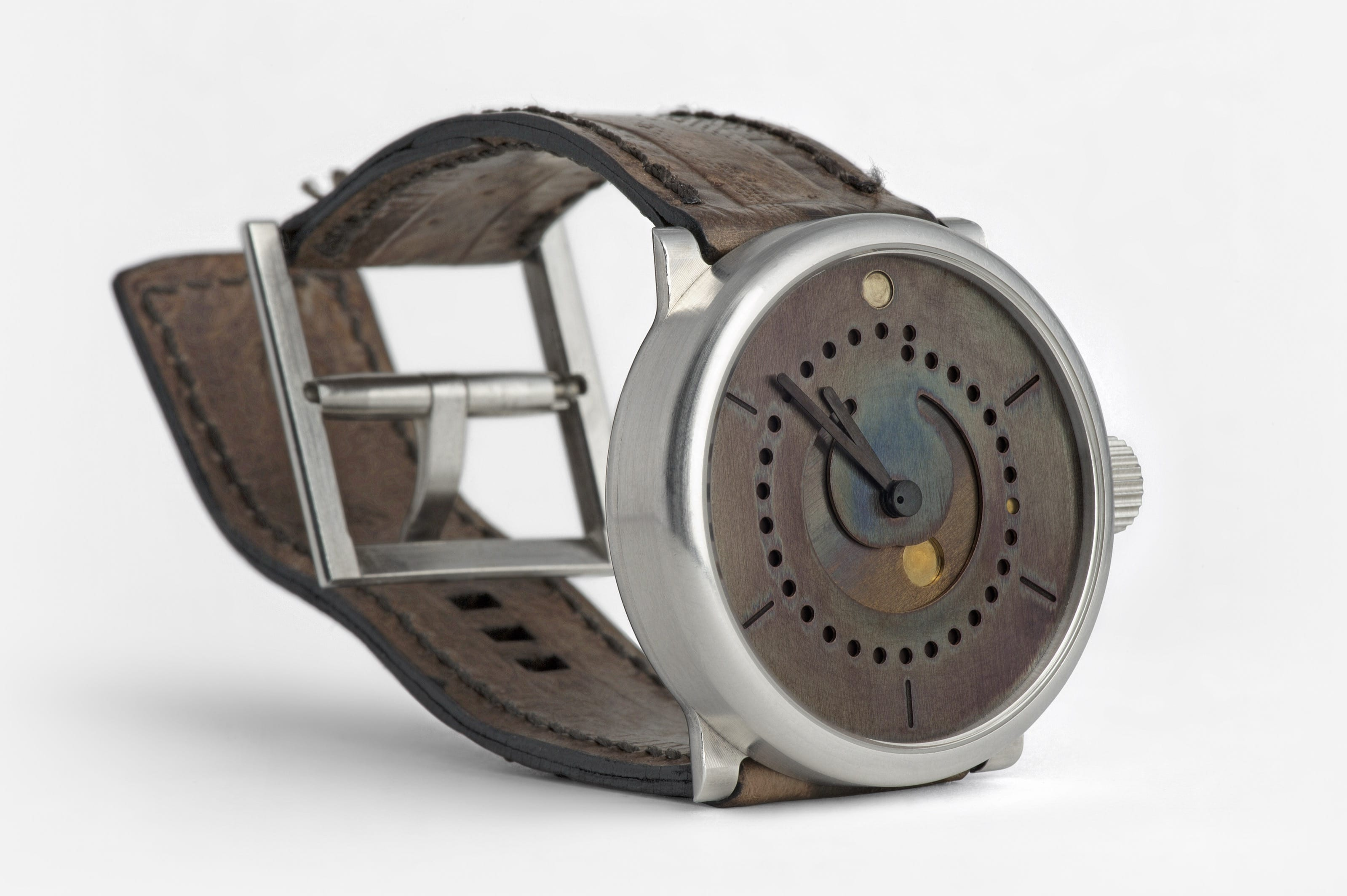 moon phase watch (39mm sterling silver 925 case with art patina dial by ochs und junior, case side)