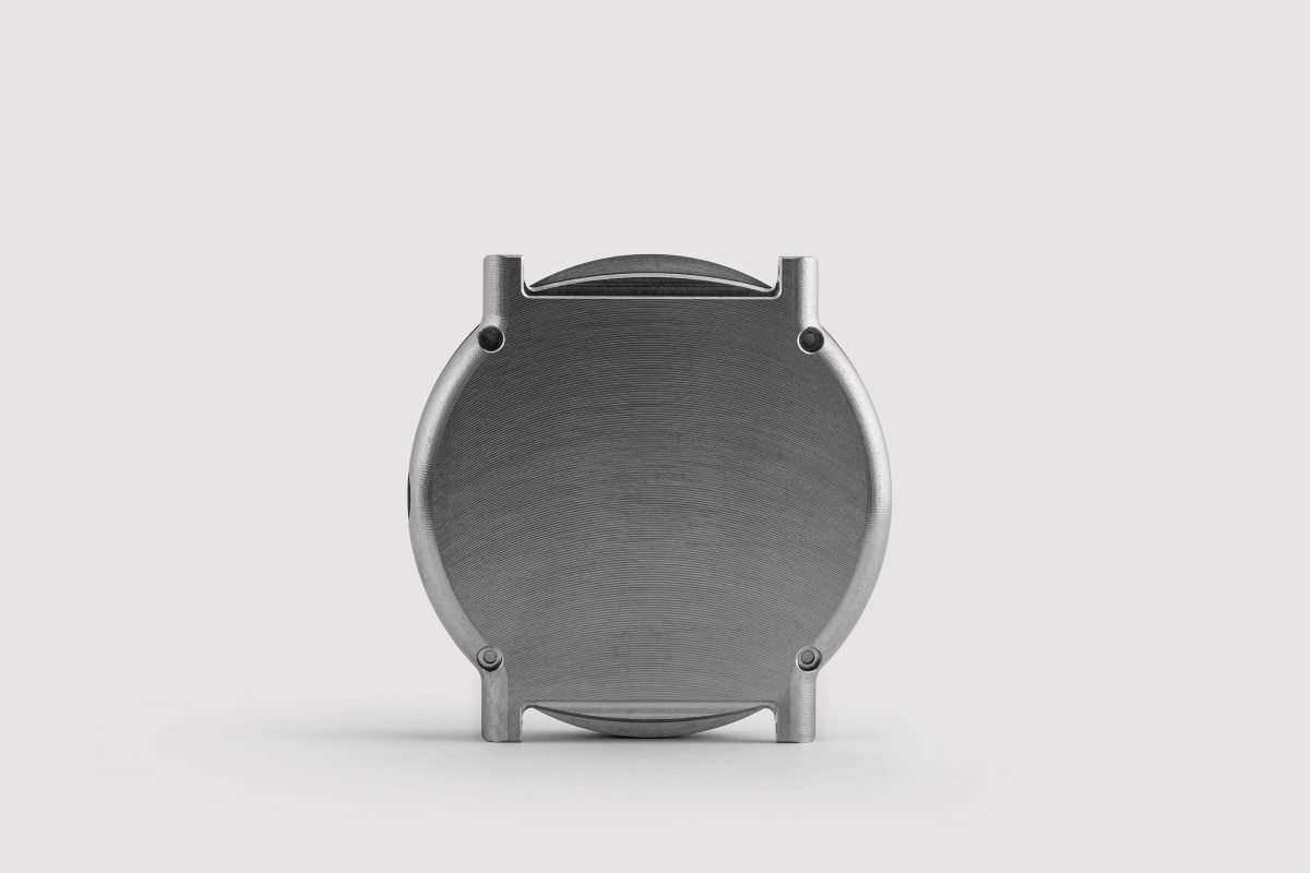 grade 5 titanium watch case by ochs und junior (rear view)