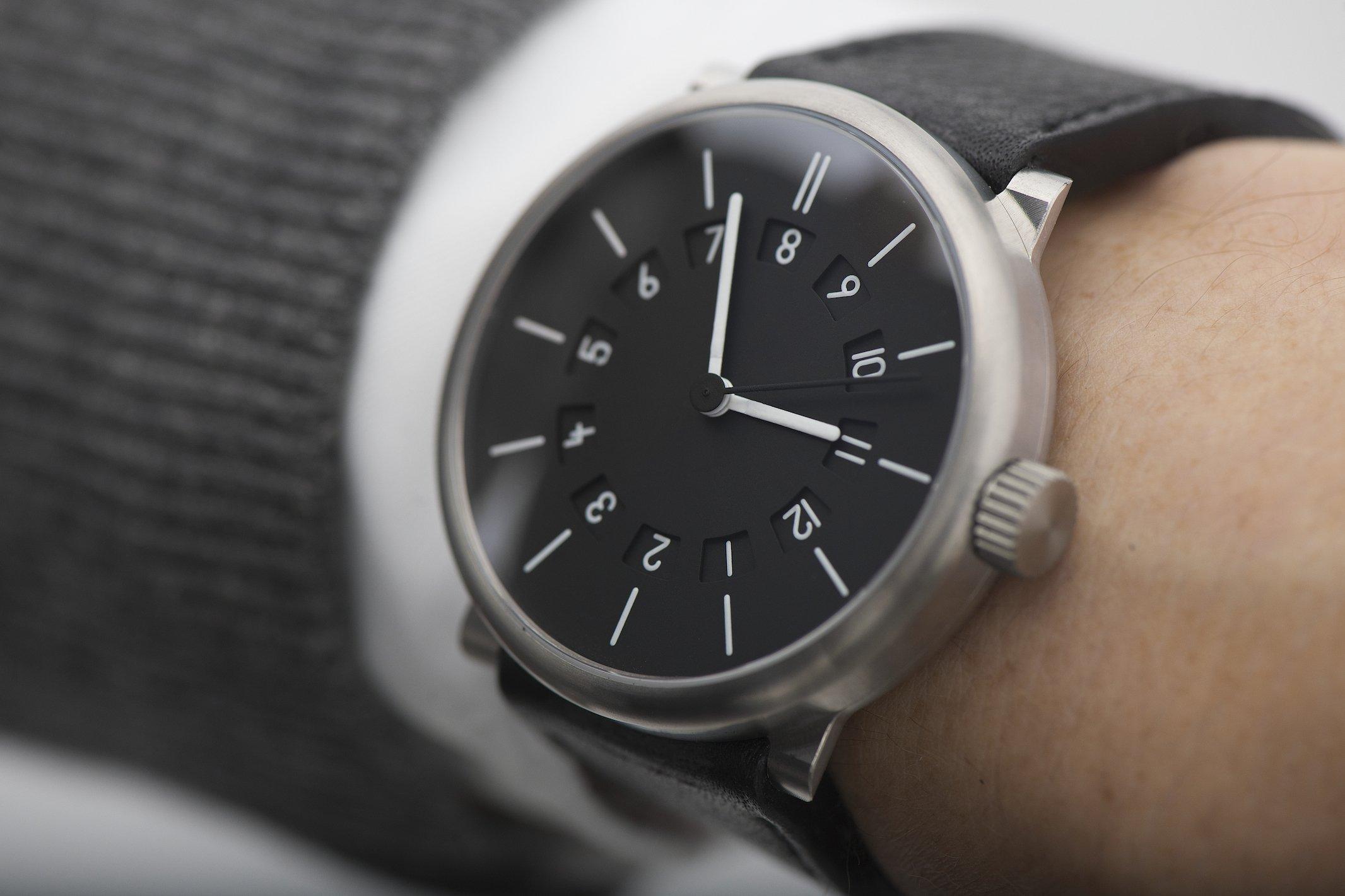 two-time-zones-watch-ochs-und-junior _BEA2841-2